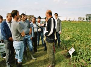 Berater vor Landwirten